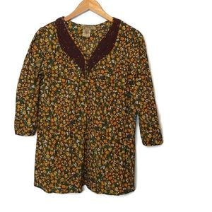 Art and Soul Top Size M Med Brown Floral Lace Neck